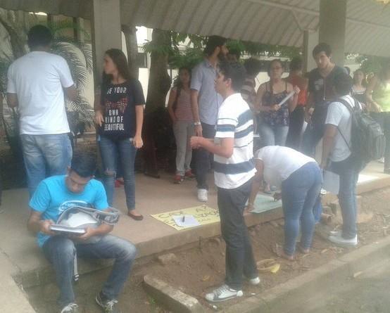 Estudantes de odontologia da UFPA protestam contra falta de estrutura