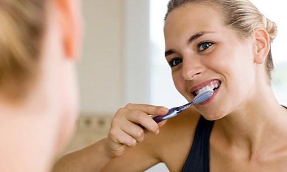 "Estes ""bons hábitos"" podem prejudicar seu sorriso."
